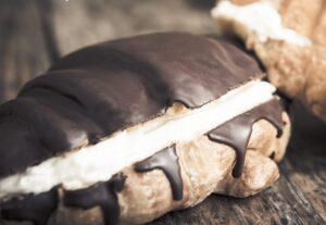 Croissant-Chocolate-300x207 Las diez mejores tentaciones de chocolate que puedes disfrutar en Panea